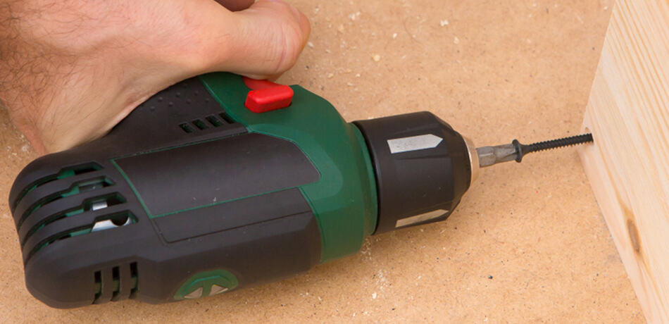 Factors to Consider Before Buying a Screw Gun