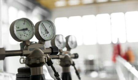 air tool pressure requirements